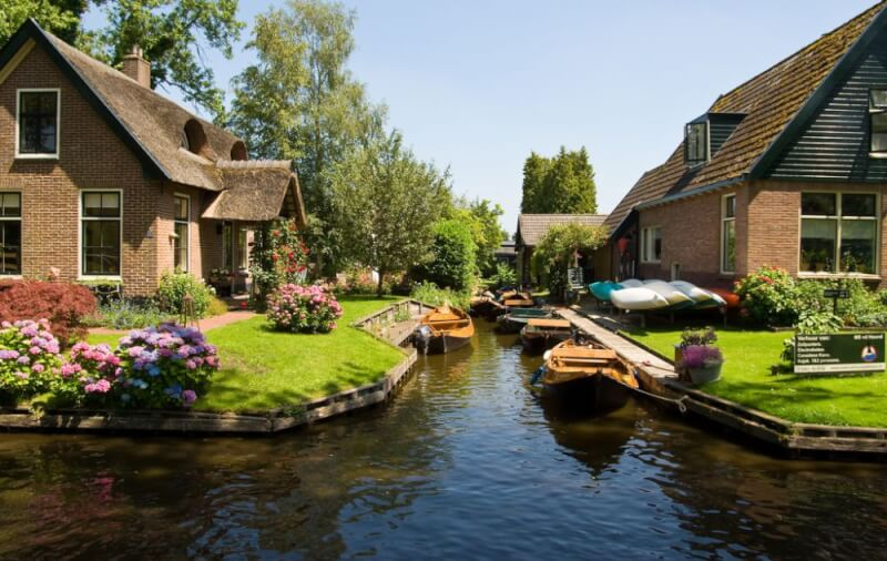 small_1000_giethoorn2